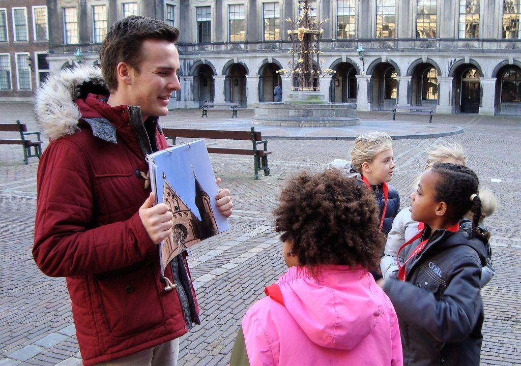Kinderrondleiding op het Binnenhof