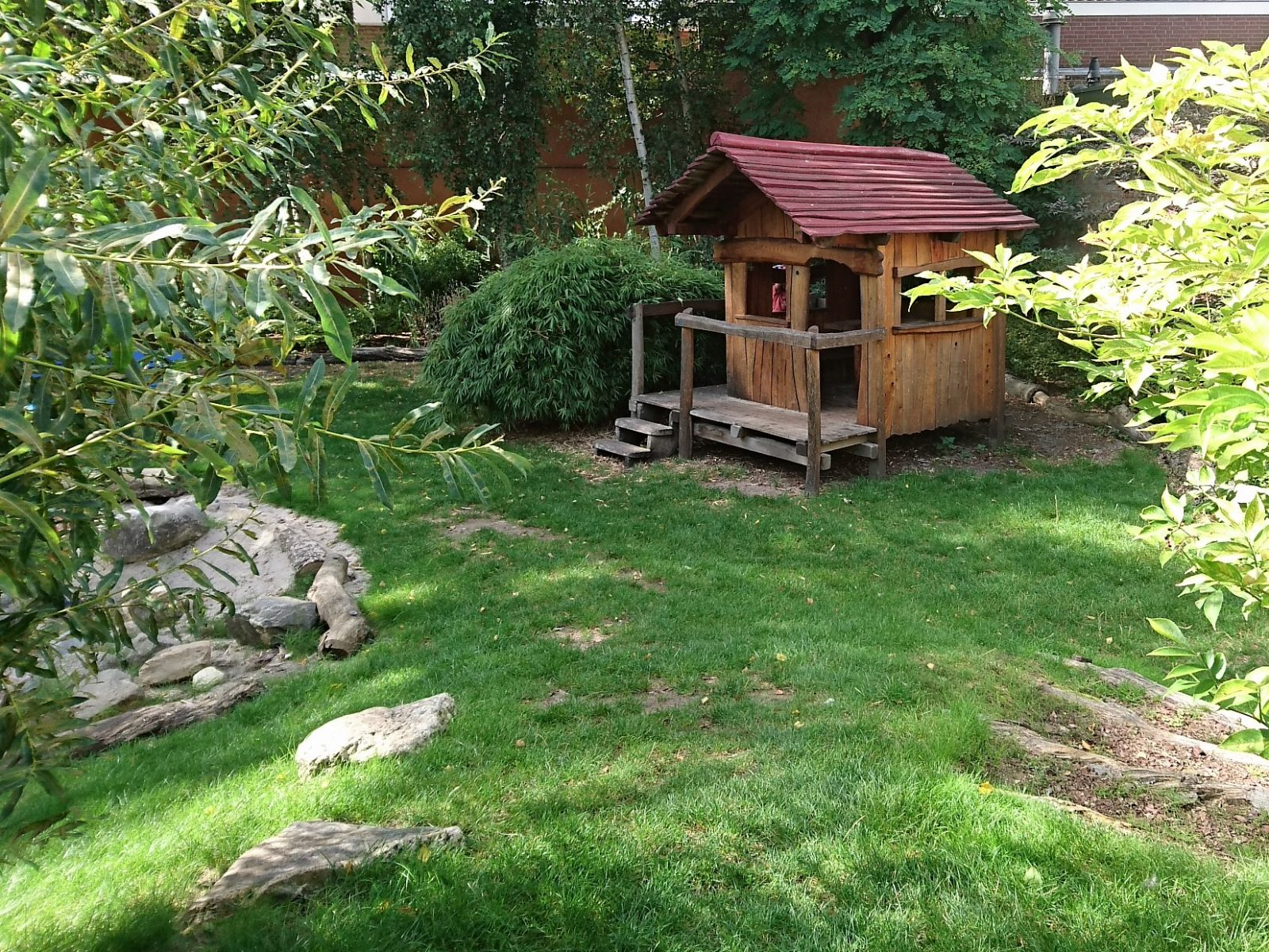 Vlindertuin speelhuisje