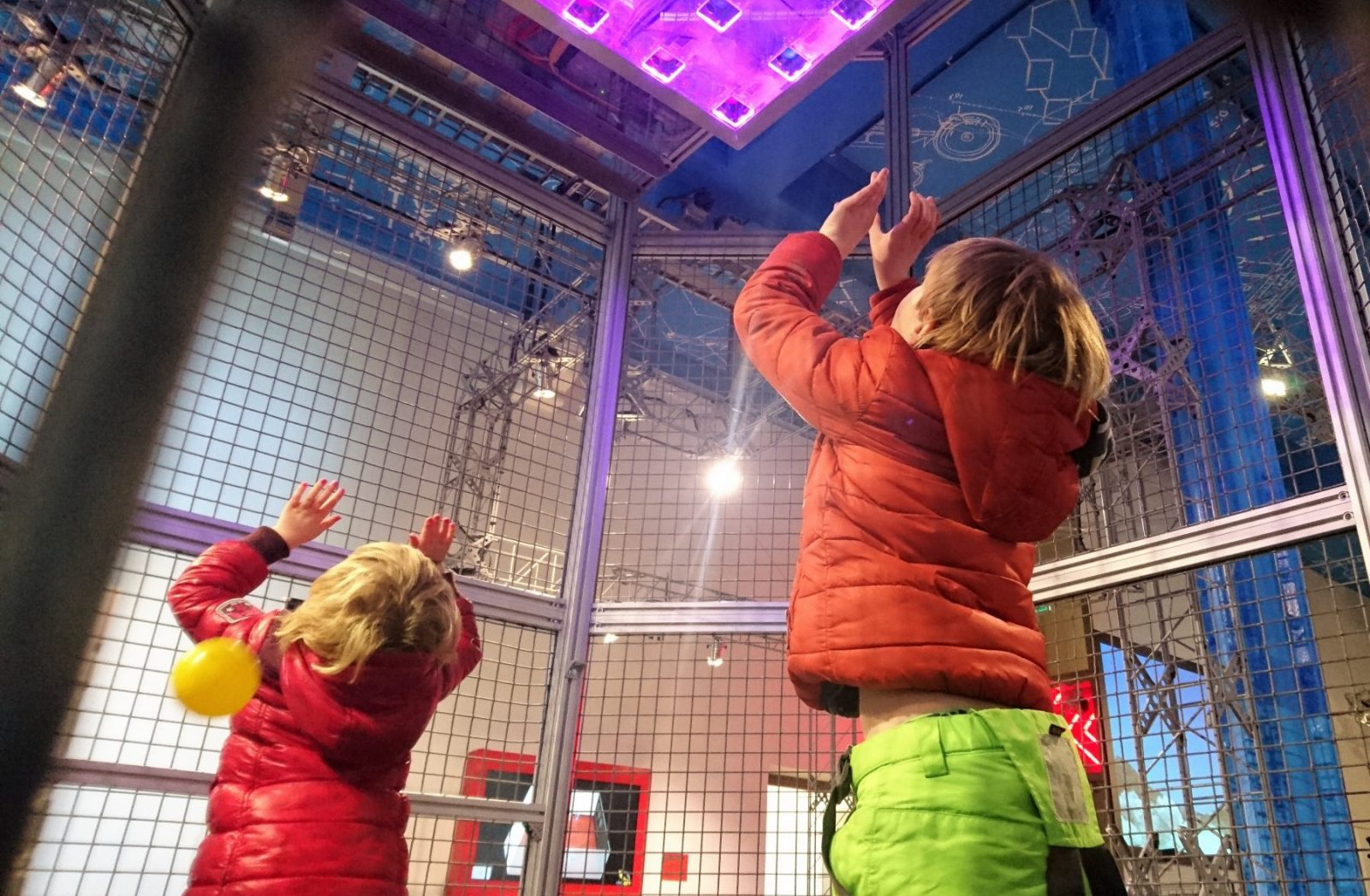 Science Center Delft - ballen vangen
